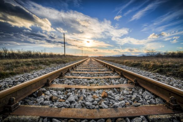 aurizon-azj-asx-share-price-rail
